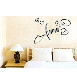 Decora las paredes de tu hogar con románticos vinilos.
