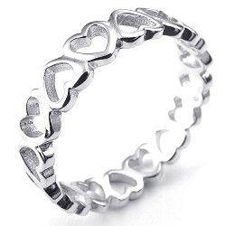 No te quedes indiferente al ver la siguiente selección de anillos especialmente seleccionados para demostrar tu amor