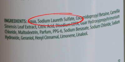 El peor ingrediente para piel seca en champú