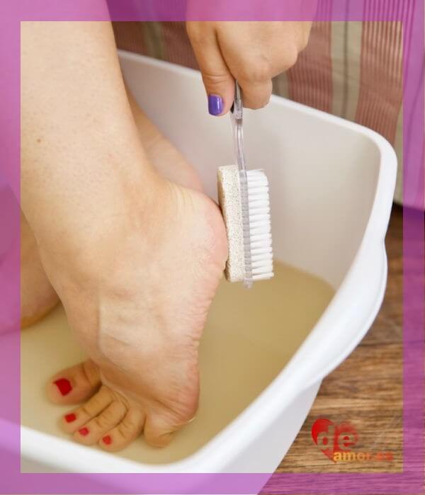Baño de pies - Como curar talones agrietados